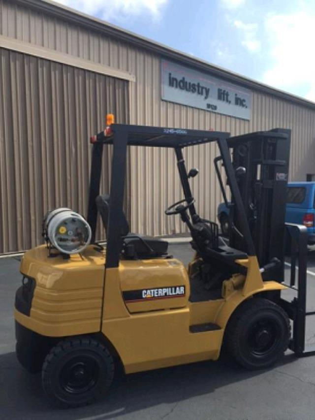 Where to find 5000 LB Pneumatic Tire Forklift in Los Angeles